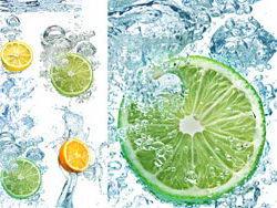 夏日清爽水中柠檬多多高清图片