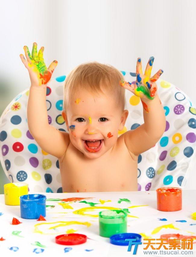 首页 高清图片 人物图片 > 萌宝宝涂鸦图片素材