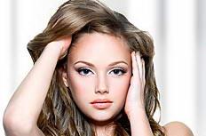 欧美长卷发美女清纯高清图片